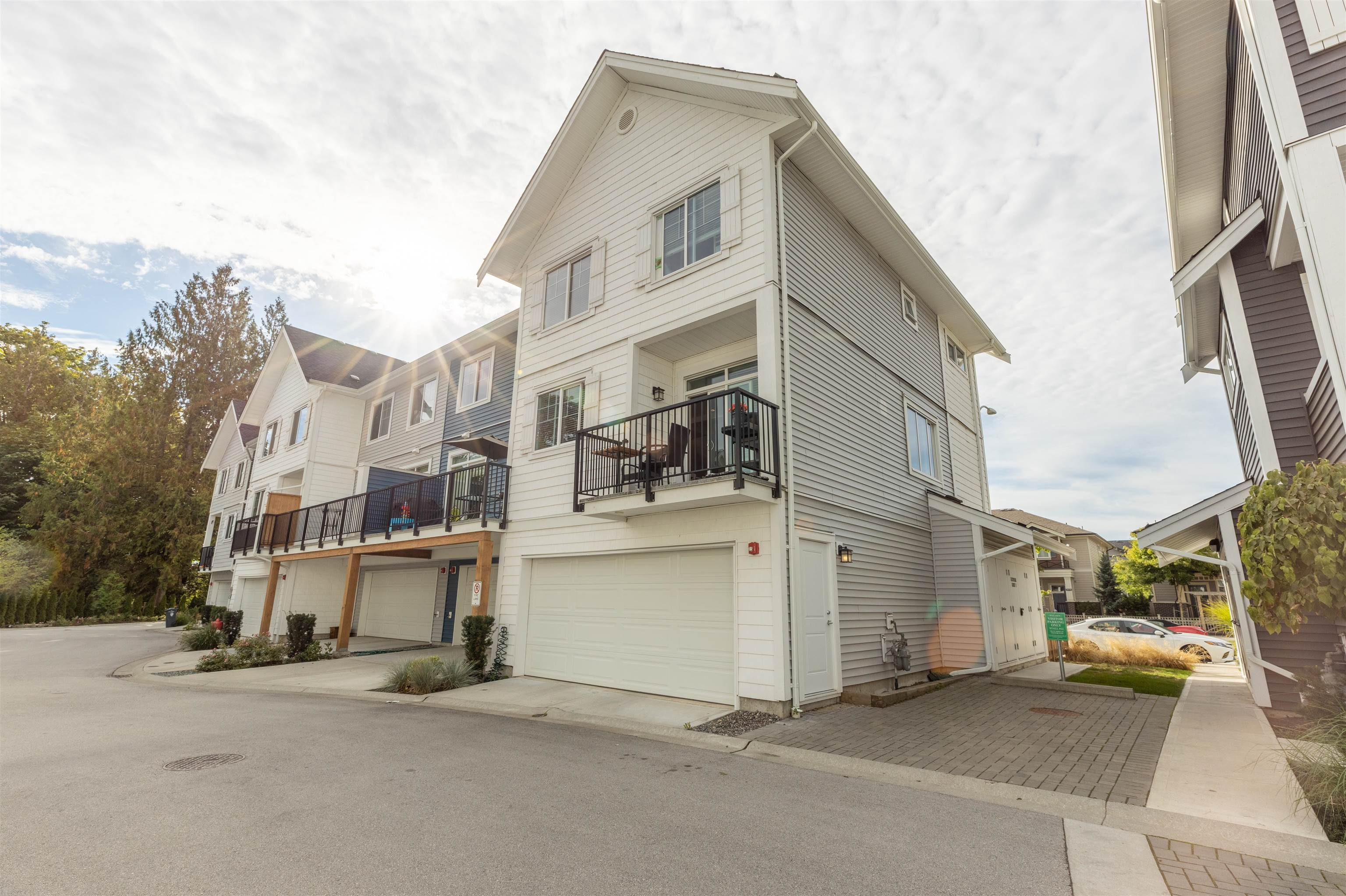6 20451 84 AVENUE - Willoughby Heights Townhouse for sale, 4 Bedrooms (R2616635) - #5