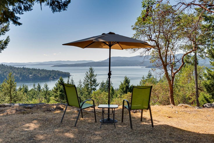 332 DEACON HILL ROAD - Mayne Island House with Acreage for sale, 1 Bedroom (R2616787)