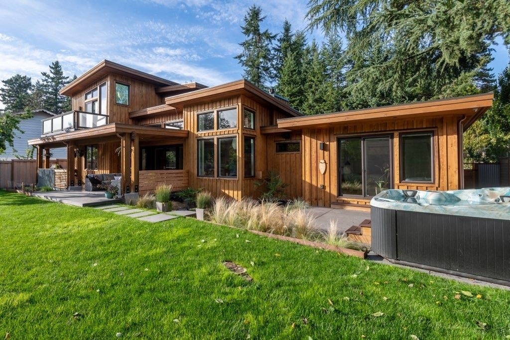 3803 204TH STREET - Brookswood Langley House/Single Family for sale, 5 Bedrooms (R2616817) - #38