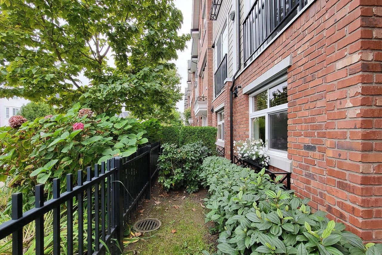 21 20738 84 AVENUE - Willoughby Heights Townhouse for sale, 3 Bedrooms (R2616914) - #3