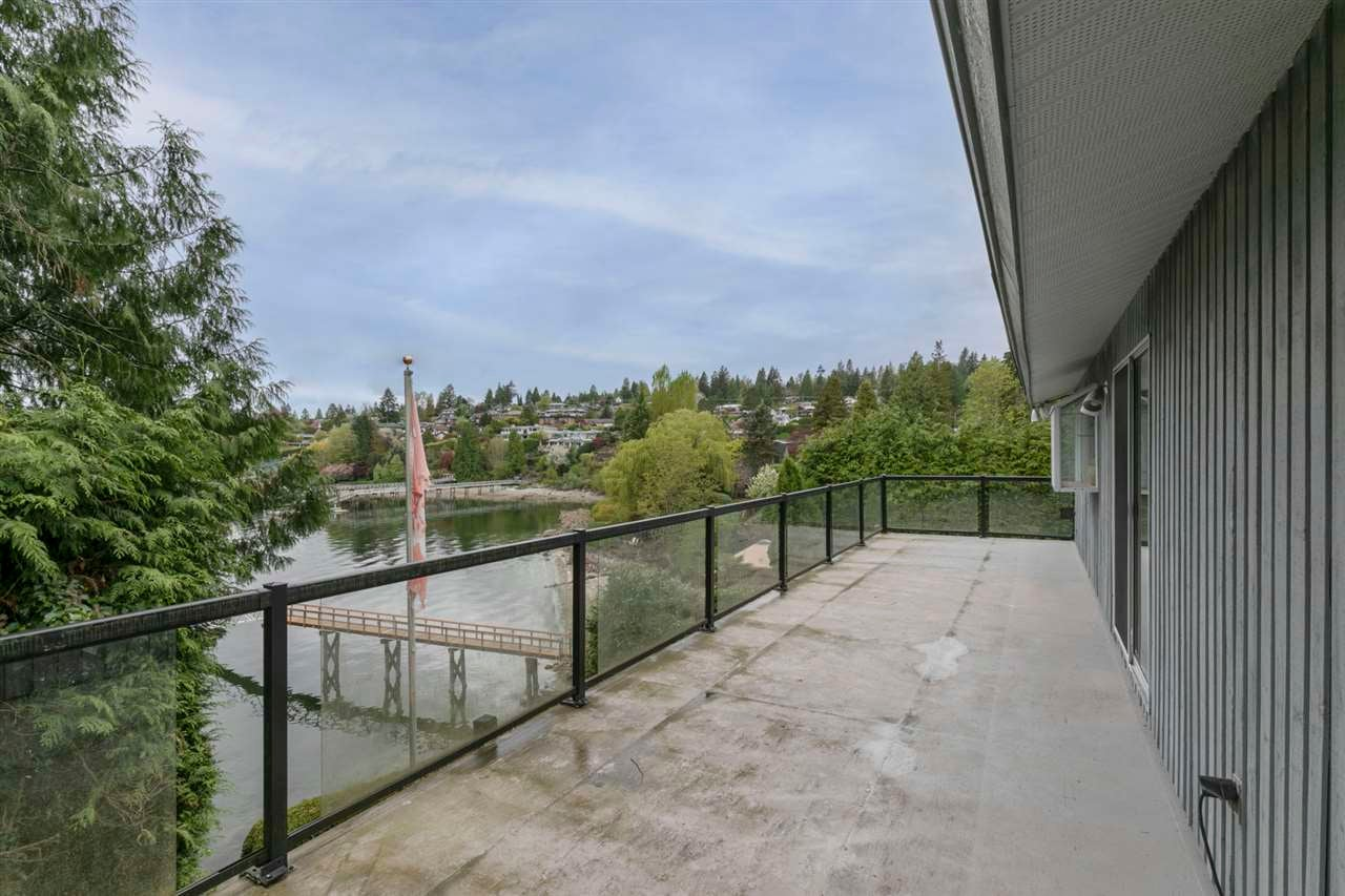 4511 STONEHAVEN AVENUE - Deep Cove House/Single Family for sale, 4 Bedrooms (R2617043) - #17