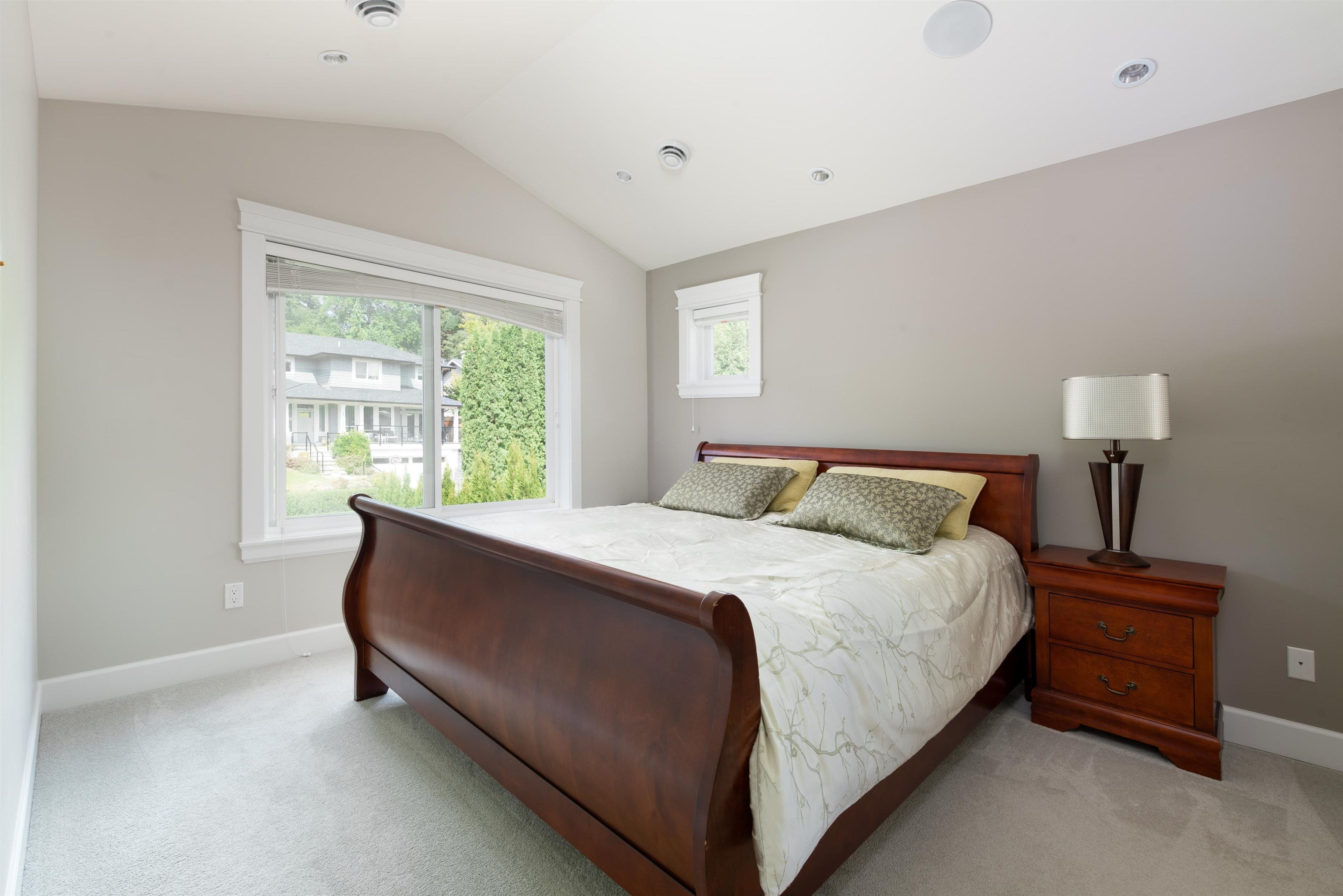 1671 PIERARD ROAD - Lynn Valley House/Single Family for sale, 6 Bedrooms (R2617072) - #18