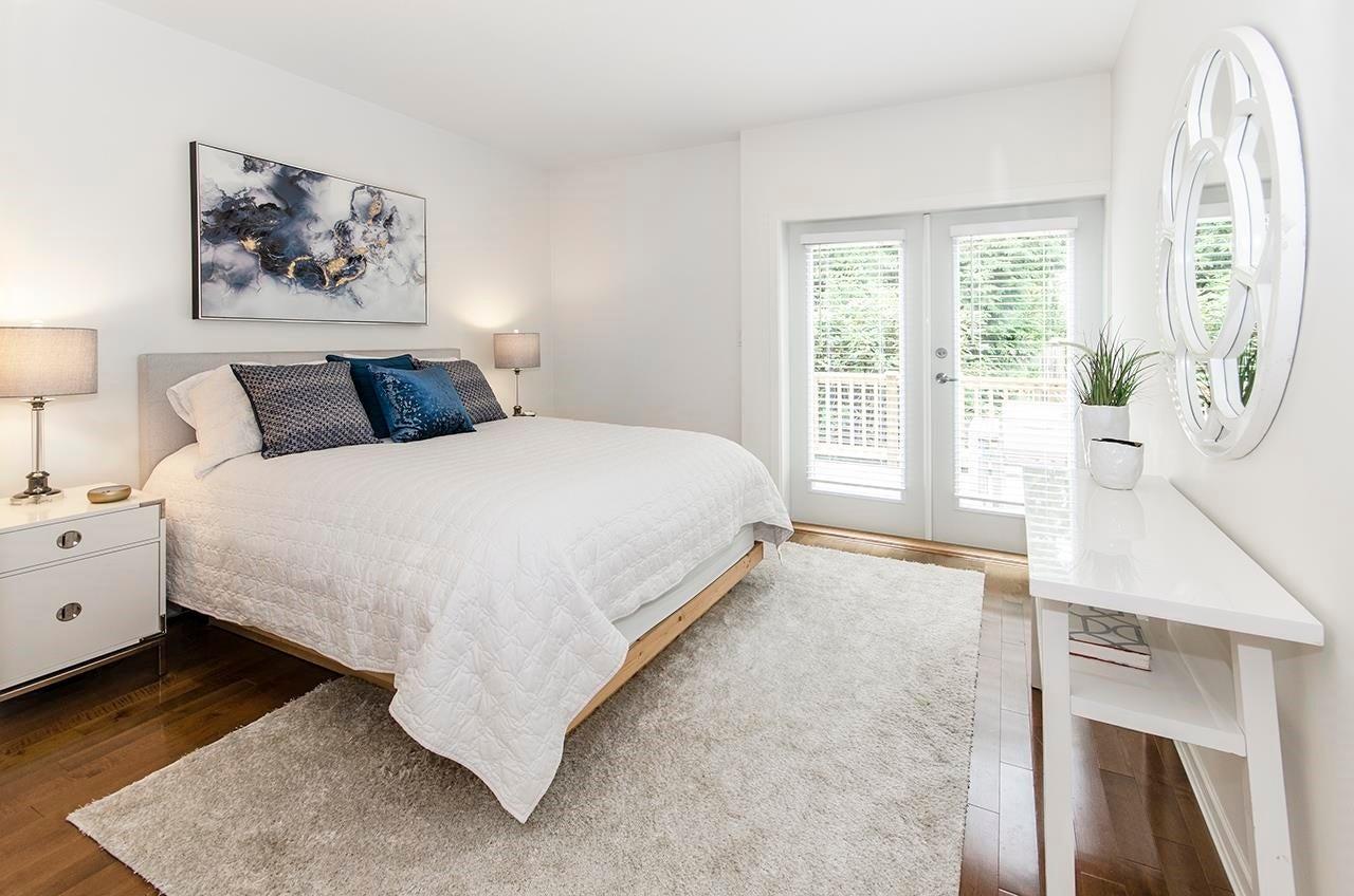 10 3750 EDGEMONT BOULEVARD - Edgemont Townhouse for sale, 5 Bedrooms (R2617165) - #17