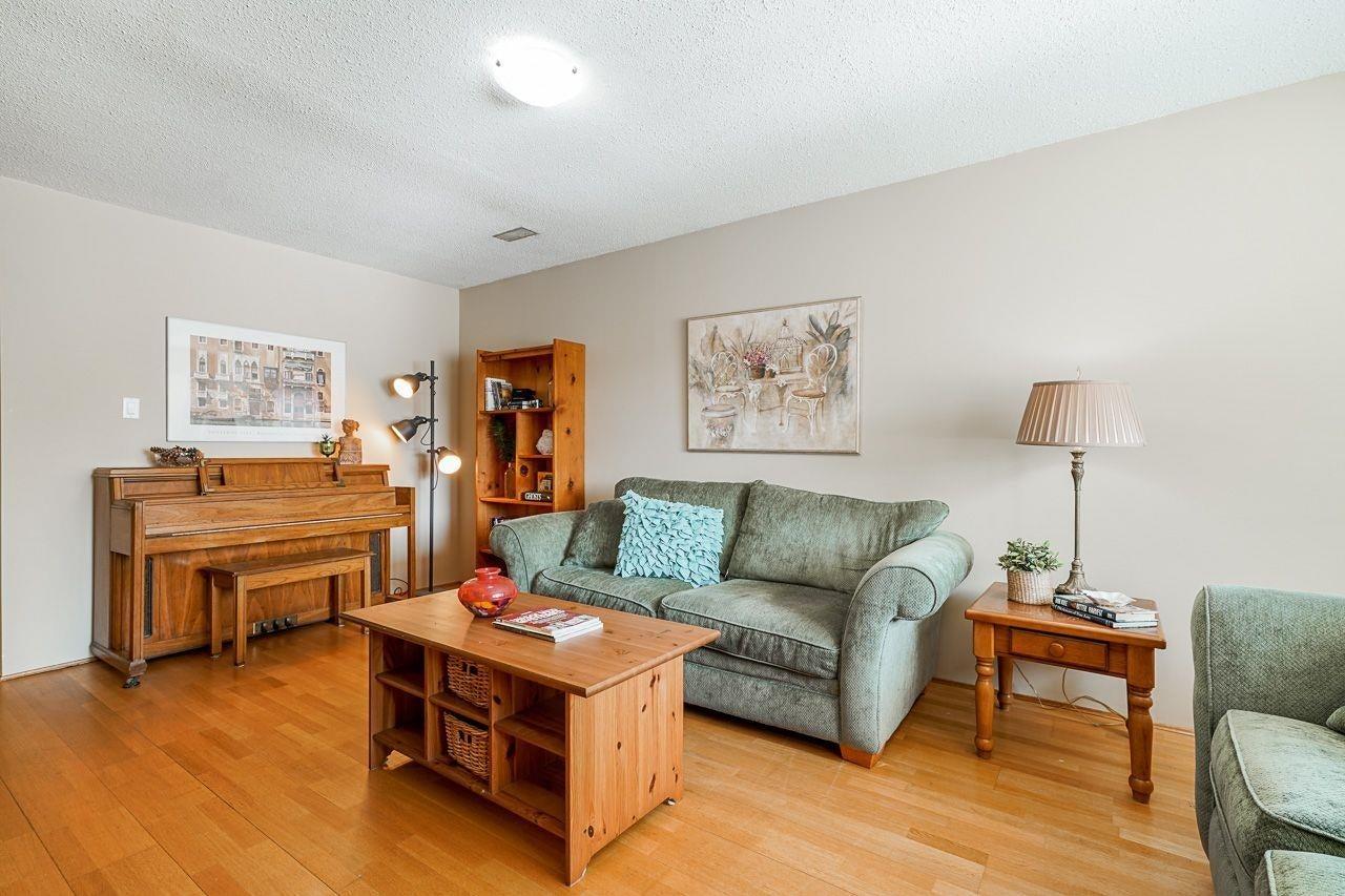 35 W 45TH AVENUE - Oakridge VW House/Single Family for sale, 4 Bedrooms (R2617171) - #2