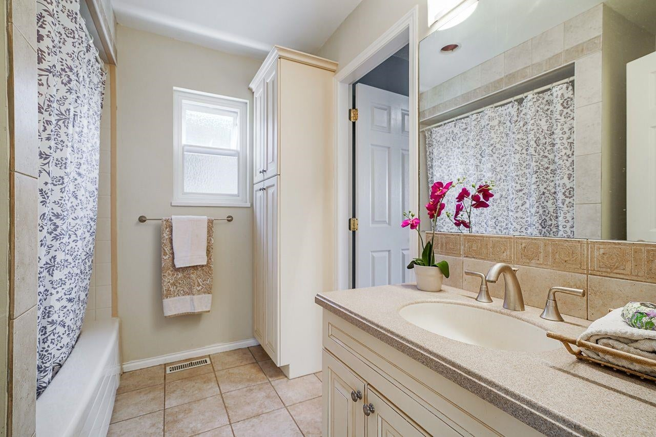 35 W 45TH AVENUE - Oakridge VW House/Single Family for sale, 4 Bedrooms (R2617171) - #22