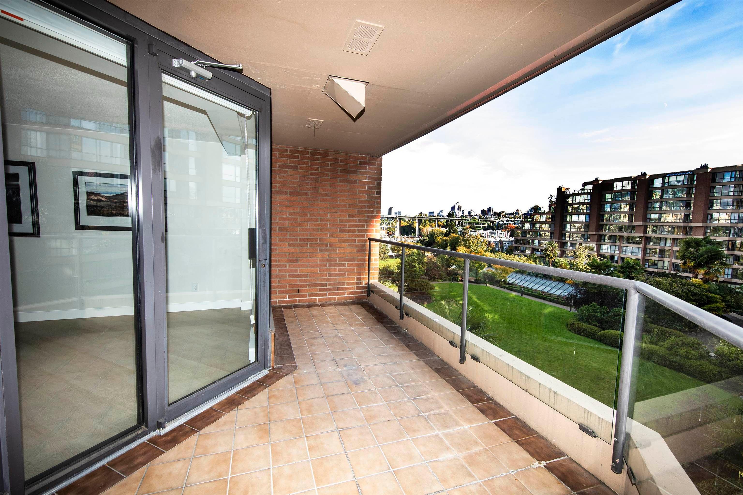 406 1450 PENNYFARTHING DRIVE - False Creek Apartment/Condo for sale, 2 Bedrooms (R2617259) - #33