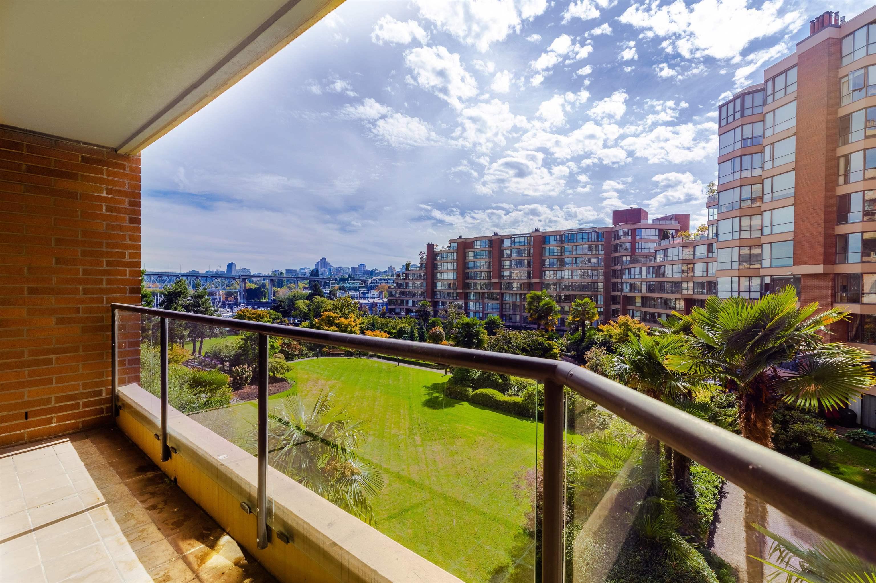 406 1450 PENNYFARTHING DRIVE - False Creek Apartment/Condo for sale, 2 Bedrooms (R2617259) - #36