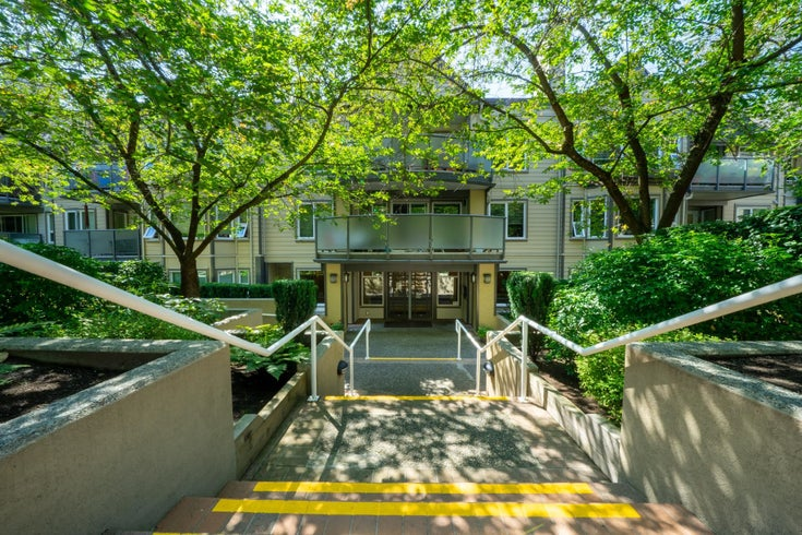 408 6707 SOUTHPOINT DRIVE - South Slope Apartment/Condo for sale, 2 Bedrooms (R2617268)