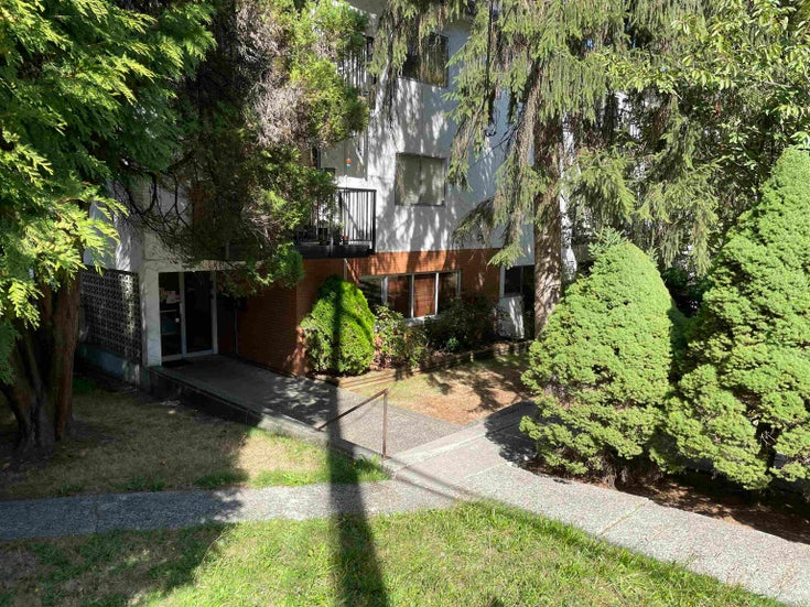 64 2002 ST JOHNS STREET - Port Moody Centre Apartment/Condo for sale, 1 Bedroom (R2617386)