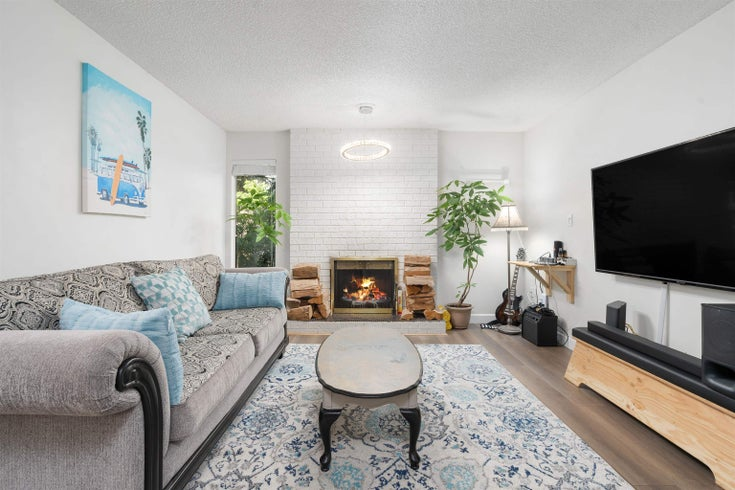 202 1410 BLACKWOOD STREET - White Rock Apartment/Condo for sale, 2 Bedrooms (R2617391)