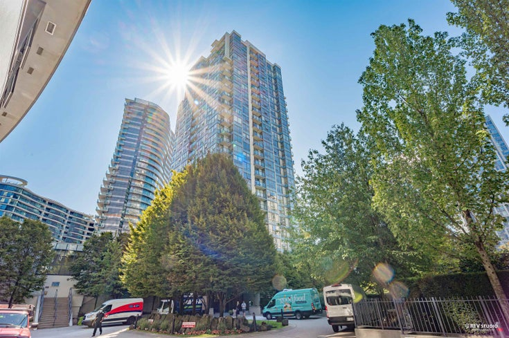 2105 939 EXPO BOULEVARD - Yaletown Apartment/Condo for sale, 2 Bedrooms (R2617468)