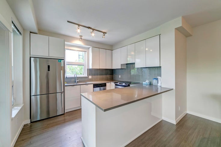 102 9168 SLOPES MEWS - Simon Fraser Univer. Apartment/Condo for sale, 2 Bedrooms (R2617612)
