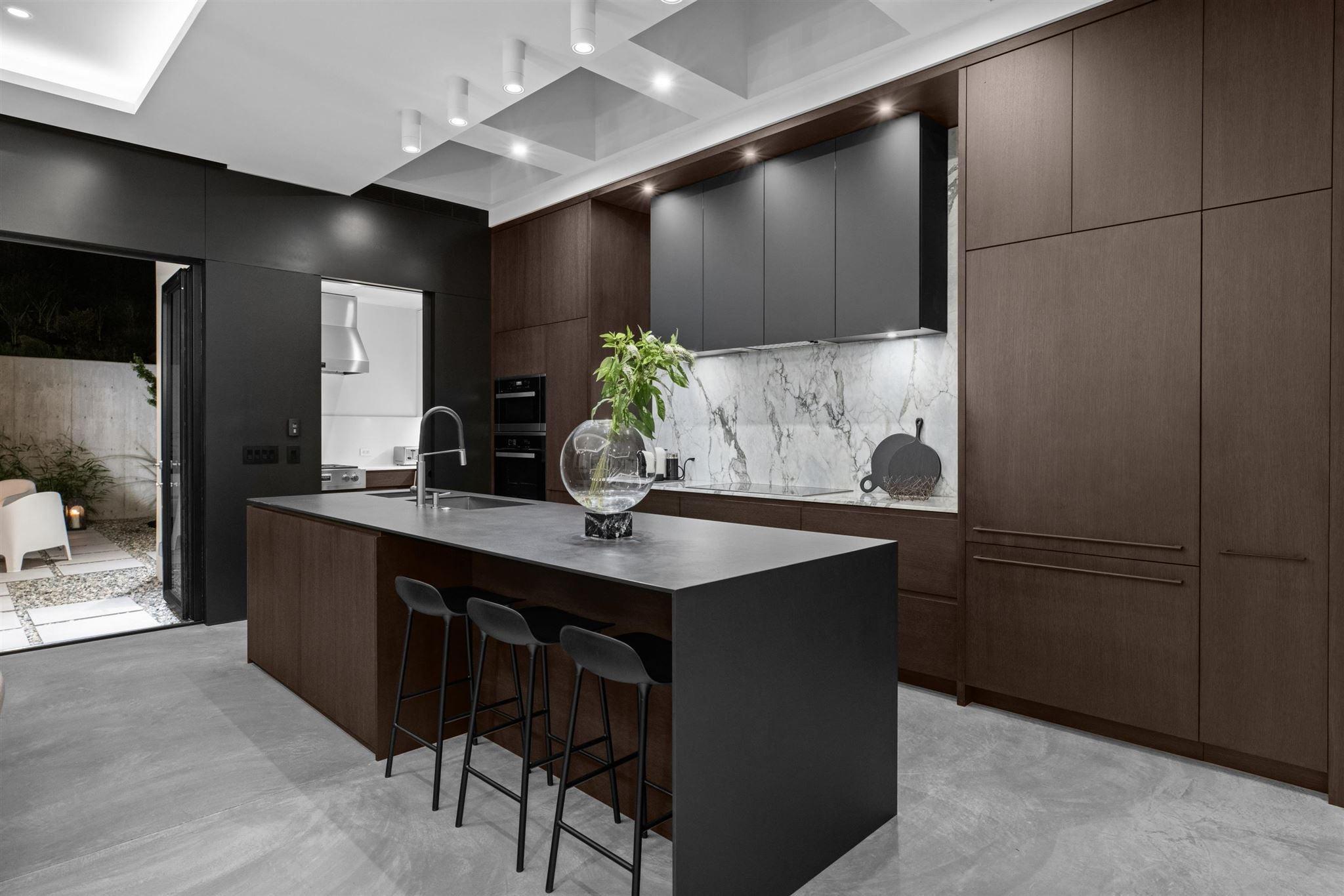 276 SANDRINGHAM CRESCENT - Upper Lonsdale House/Single Family for sale, 7 Bedrooms (R2617703) - #12