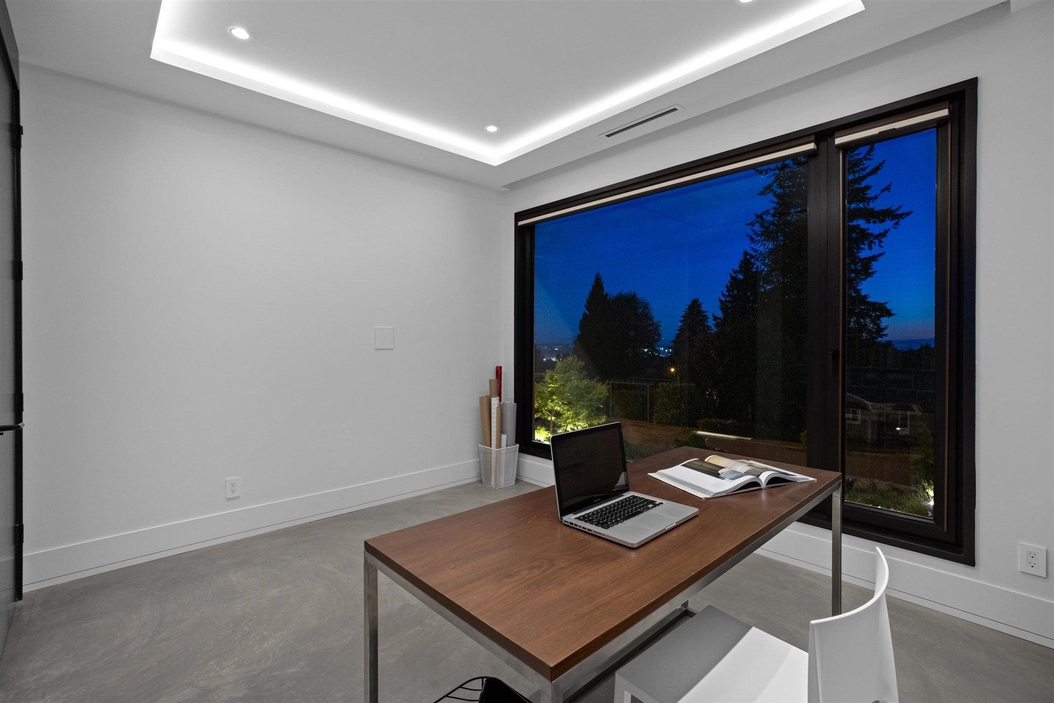 276 SANDRINGHAM CRESCENT - Upper Lonsdale House/Single Family for sale, 7 Bedrooms (R2617703) - #18