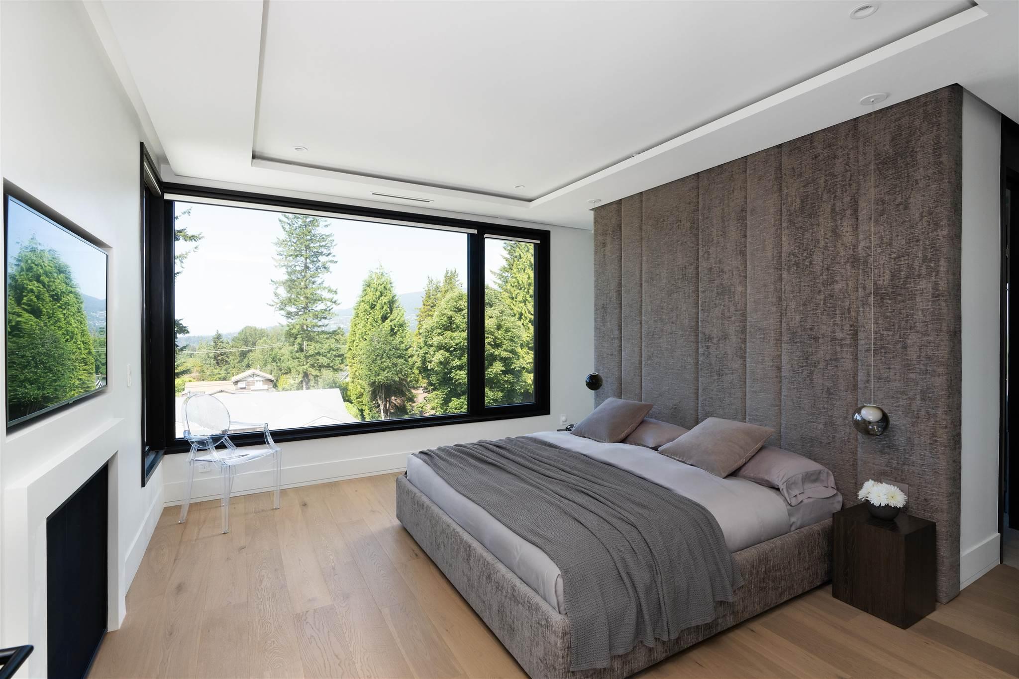 276 SANDRINGHAM CRESCENT - Upper Lonsdale House/Single Family for sale, 7 Bedrooms (R2617703) - #24