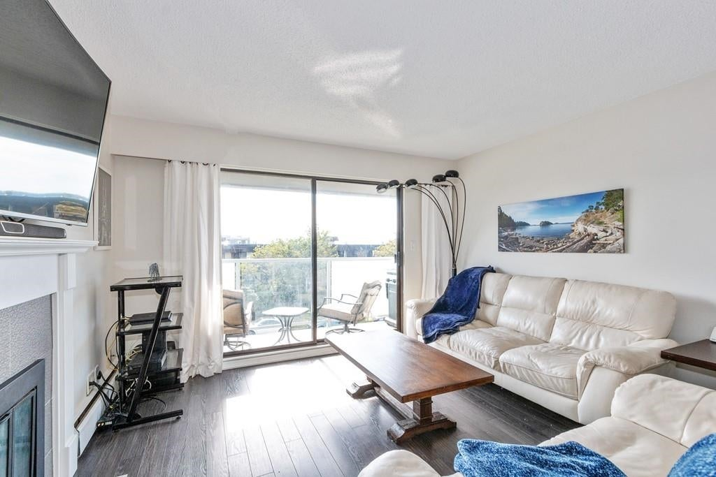 207 308 W 2ND STREET - Lower Lonsdale Apartment/Condo for sale, 2 Bedrooms (R2617707) - #2