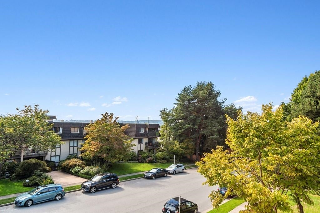 207 308 W 2ND STREET - Lower Lonsdale Apartment/Condo for sale, 2 Bedrooms (R2617707) - #20