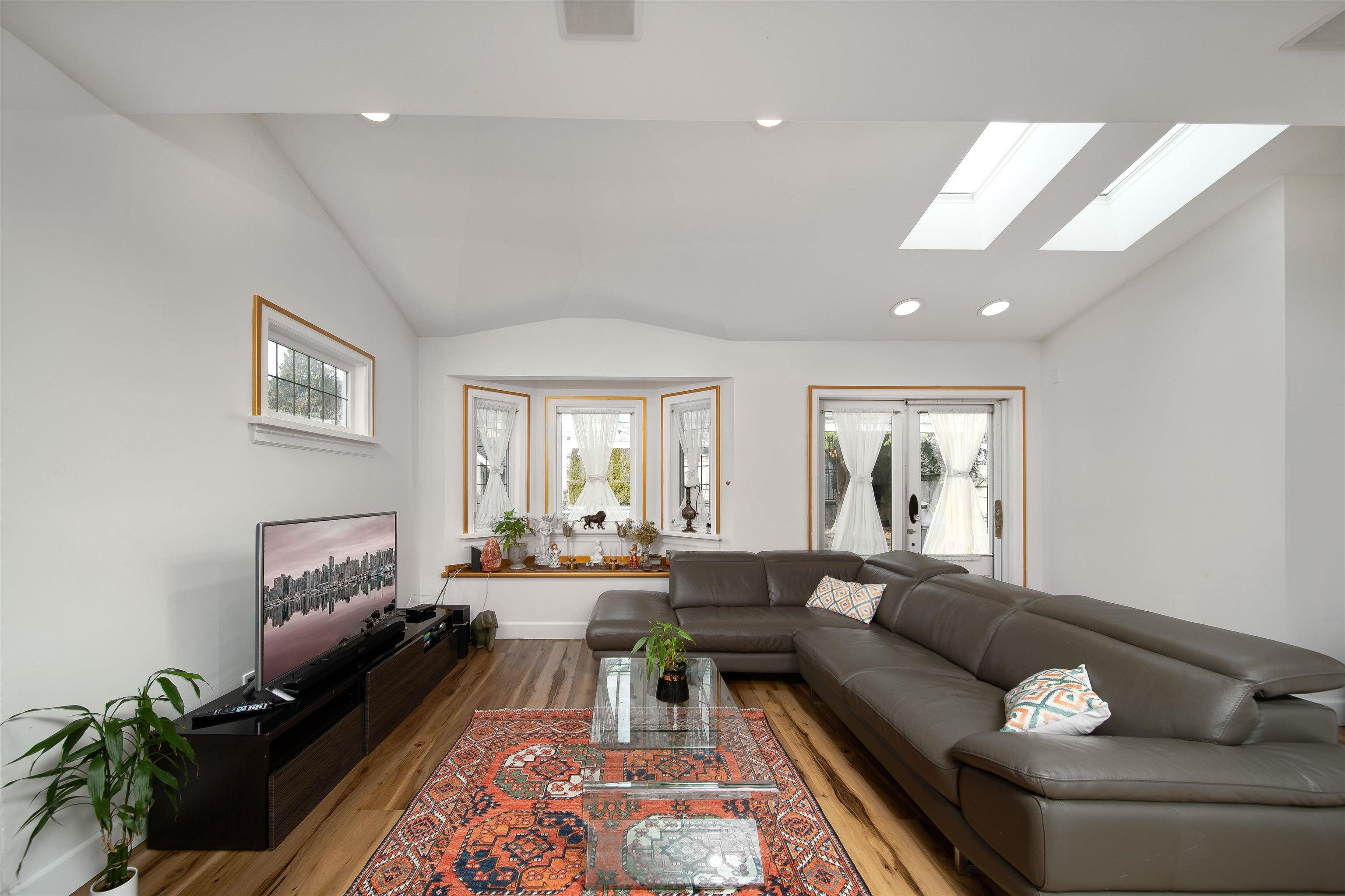 1357 FULTON AVENUE - Ambleside House/Single Family for sale, 6 Bedrooms (R2617731) - #14