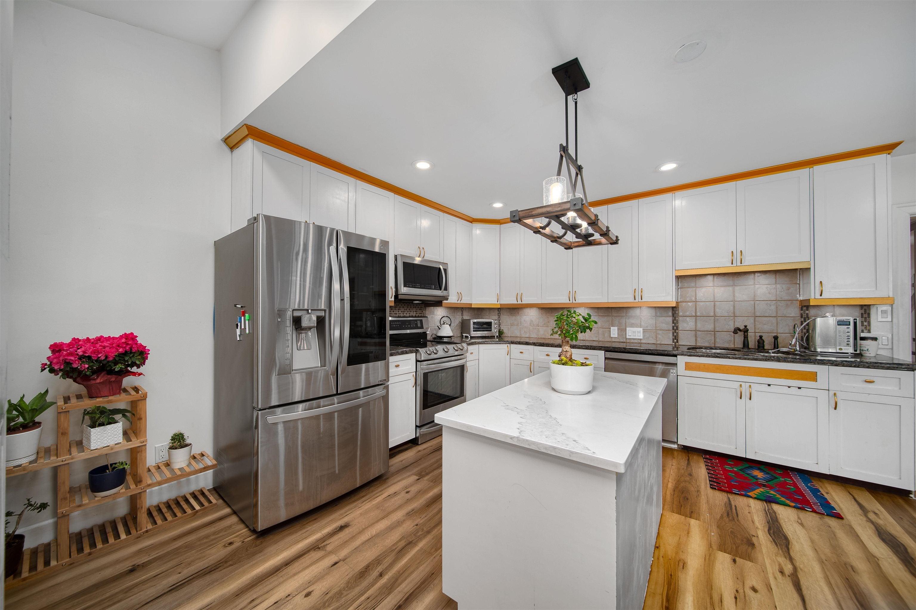 1357 FULTON AVENUE - Ambleside House/Single Family for sale, 6 Bedrooms (R2617731) - #15