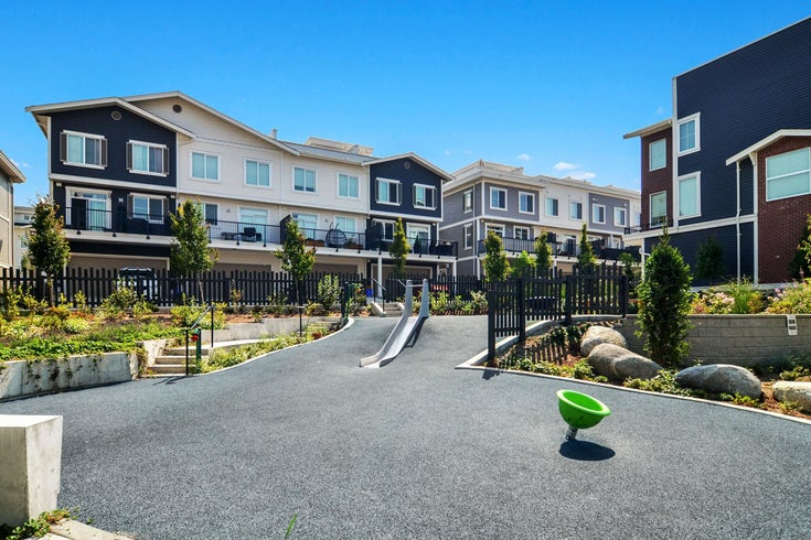 #40 8371 202B STREET - Willoughby Heights Townhouse for sale, 3 Bedrooms (R2617797)