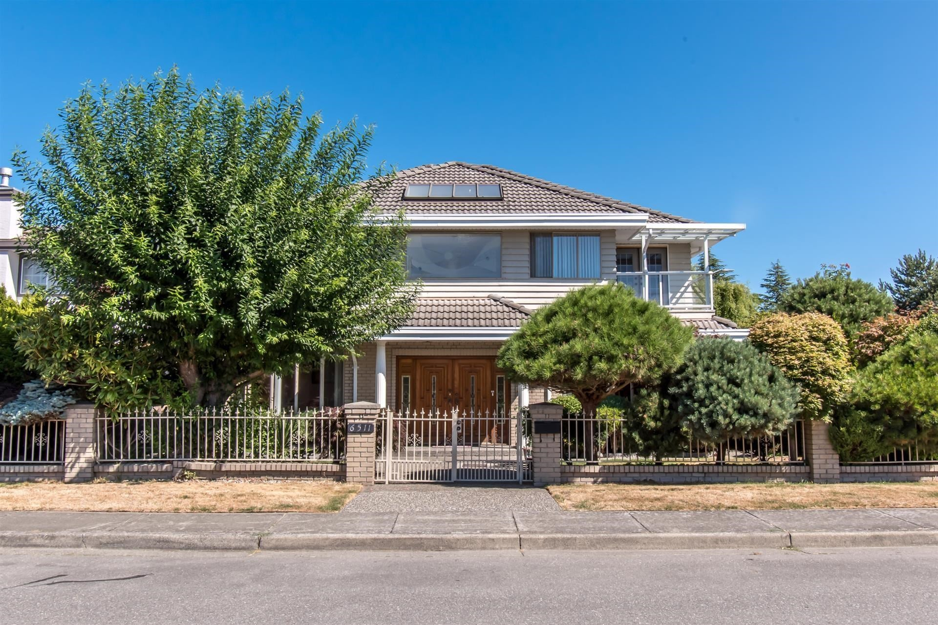 6511 LIVINGSTONE PLACE - Granville House/Single Family for sale, 4 Bedrooms (R2617820)