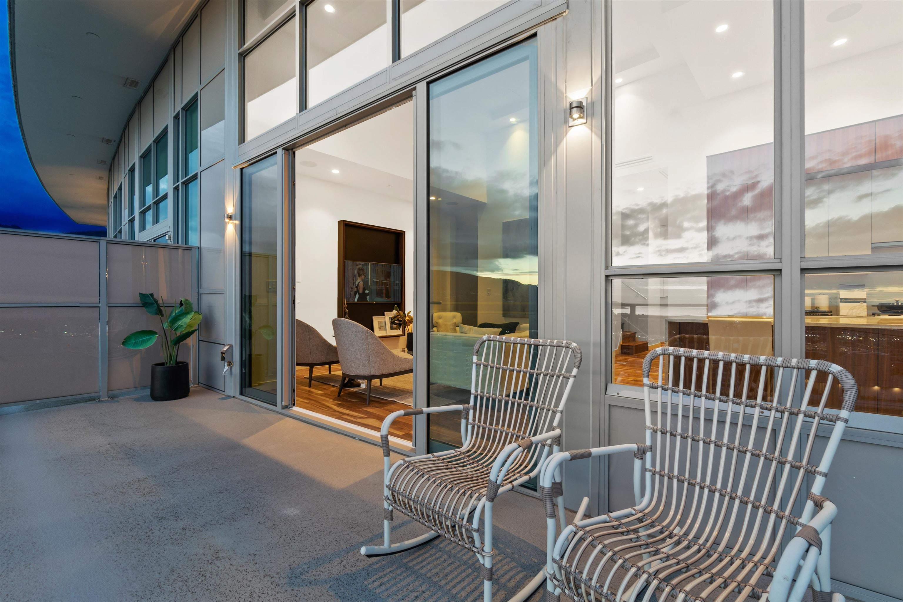 2402 125 E 14TH STREET - Central Lonsdale Apartment/Condo for sale, 2 Bedrooms (R2617870) - #14
