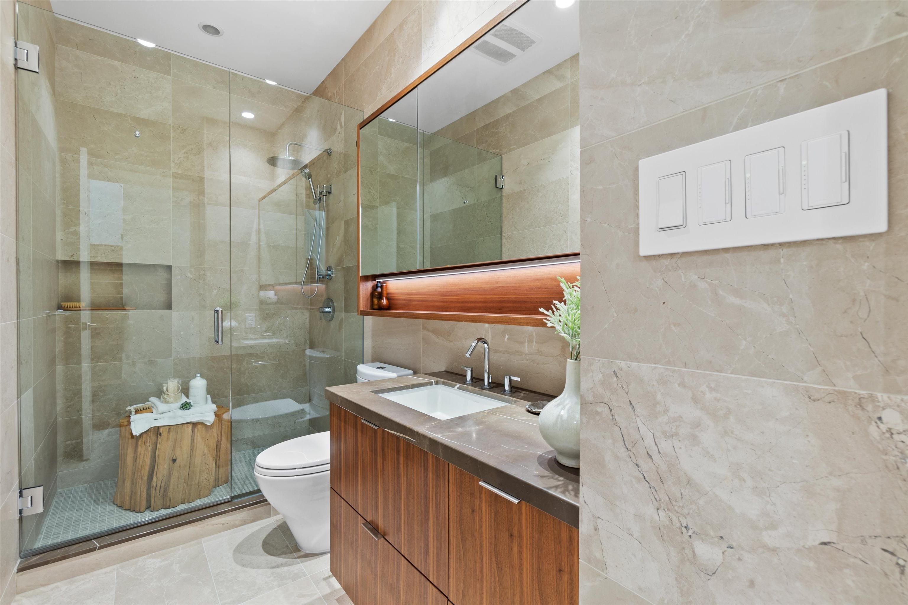 2402 125 E 14TH STREET - Central Lonsdale Apartment/Condo for sale, 2 Bedrooms (R2617870) - #31
