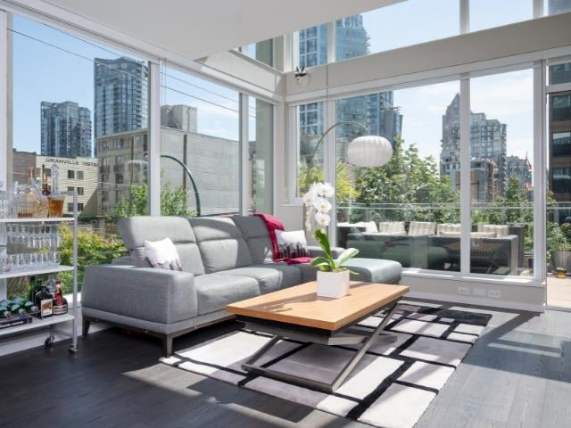 306 1351 CONTINENTAL STREET - Downtown VW Apartment/Condo for sale, 2 Bedrooms (R2617899)