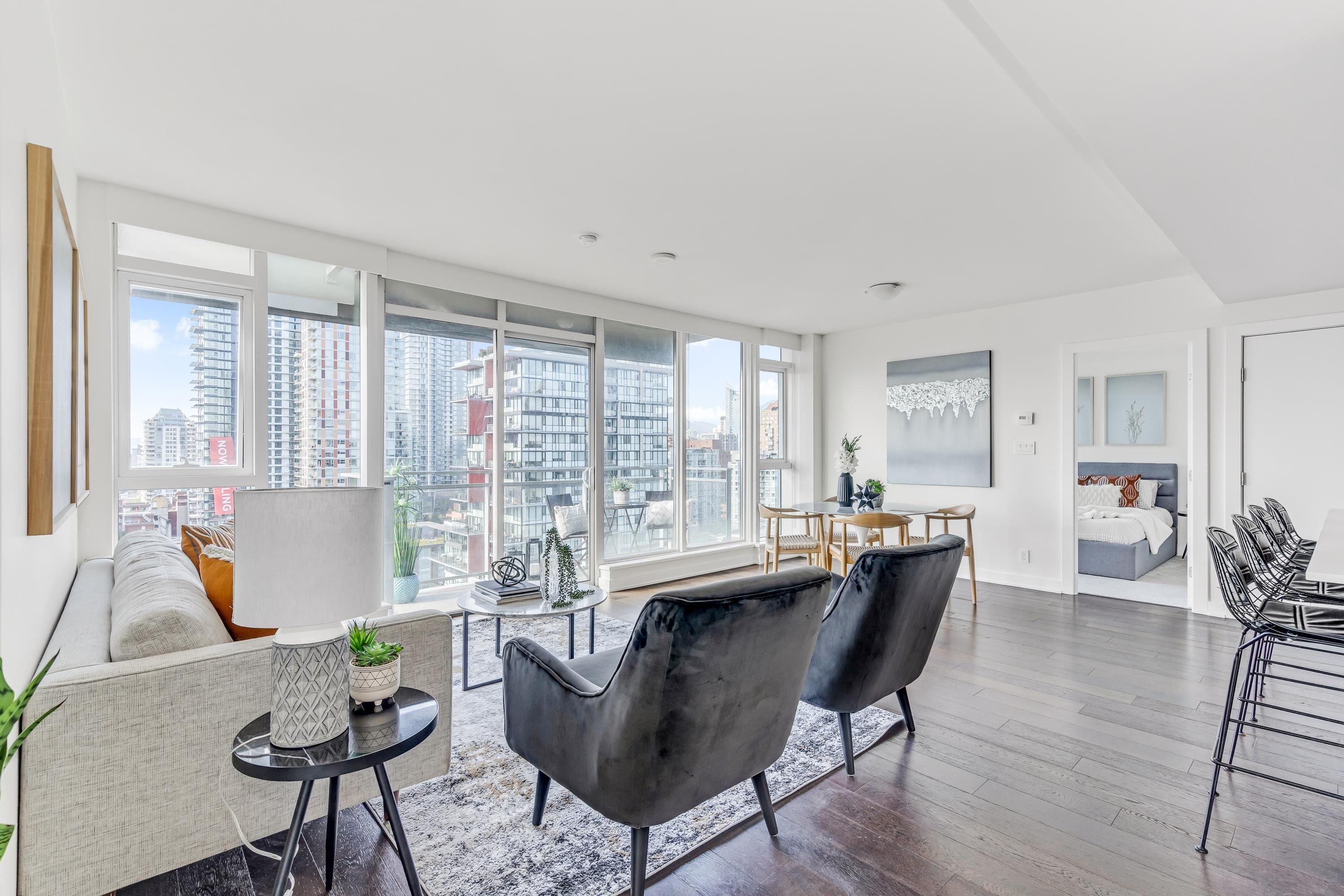 2502 1372 SEYMOUR STREET - Downtown VW Apartment/Condo for sale, 2 Bedrooms (R2617903) - #2