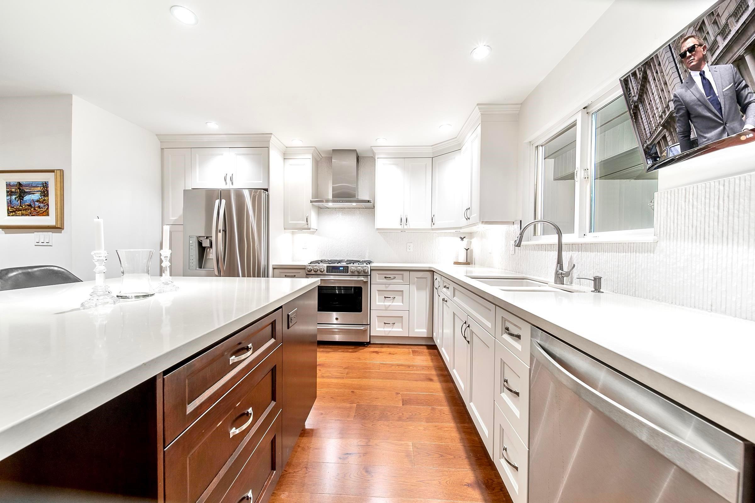 2321 MARINE DRIVE - Dundarave 1/2 Duplex for sale, 3 Bedrooms (R2617952) - #11
