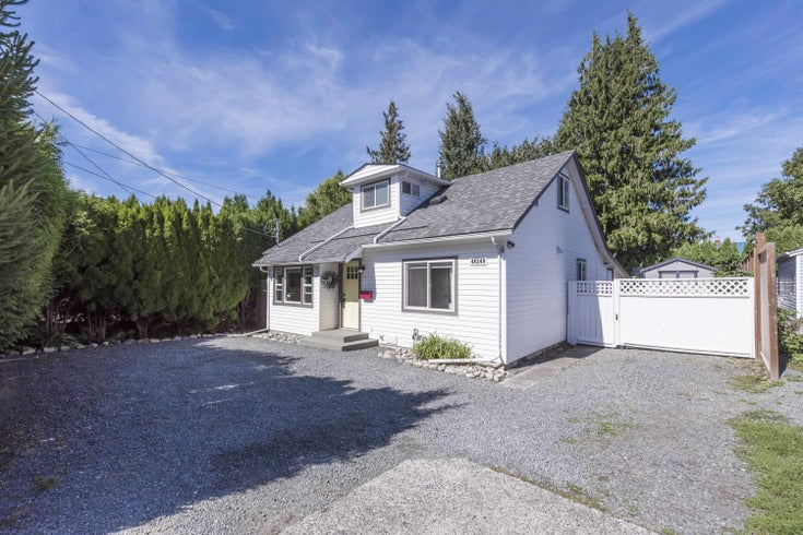 46249 FIRST AVENUE - Chilliwack E Young-Yale House/Single Family for sale, 4 Bedrooms (R2618003)