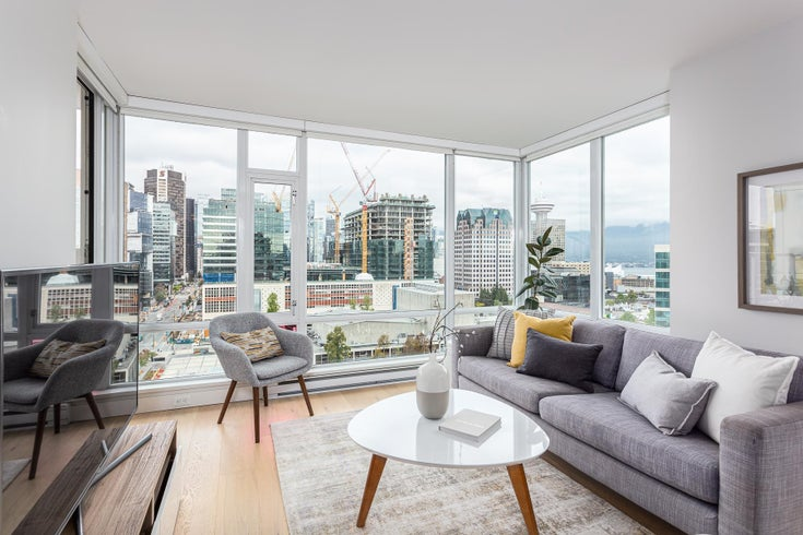 2210 161 W GEORGIA STREET - Downtown VW Apartment/Condo for sale, 2 Bedrooms (R2618014)