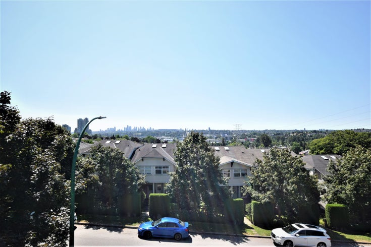 15 3737 PENDER STREET - Willingdon Heights Townhouse for sale, 2 Bedrooms (R2618046)