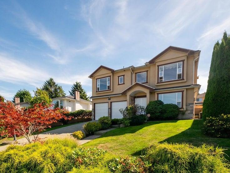 5758 BURNS PLACE - Upper Deer Lake House/Single Family for sale, 6 Bedrooms (R2618055)