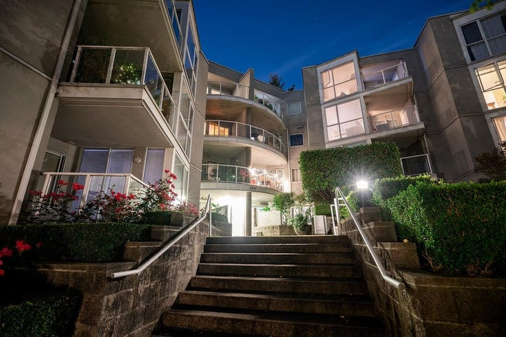 407 8420 JELLICOE STREET - South Marine Apartment/Condo for sale, 1 Bedroom (R2618056)