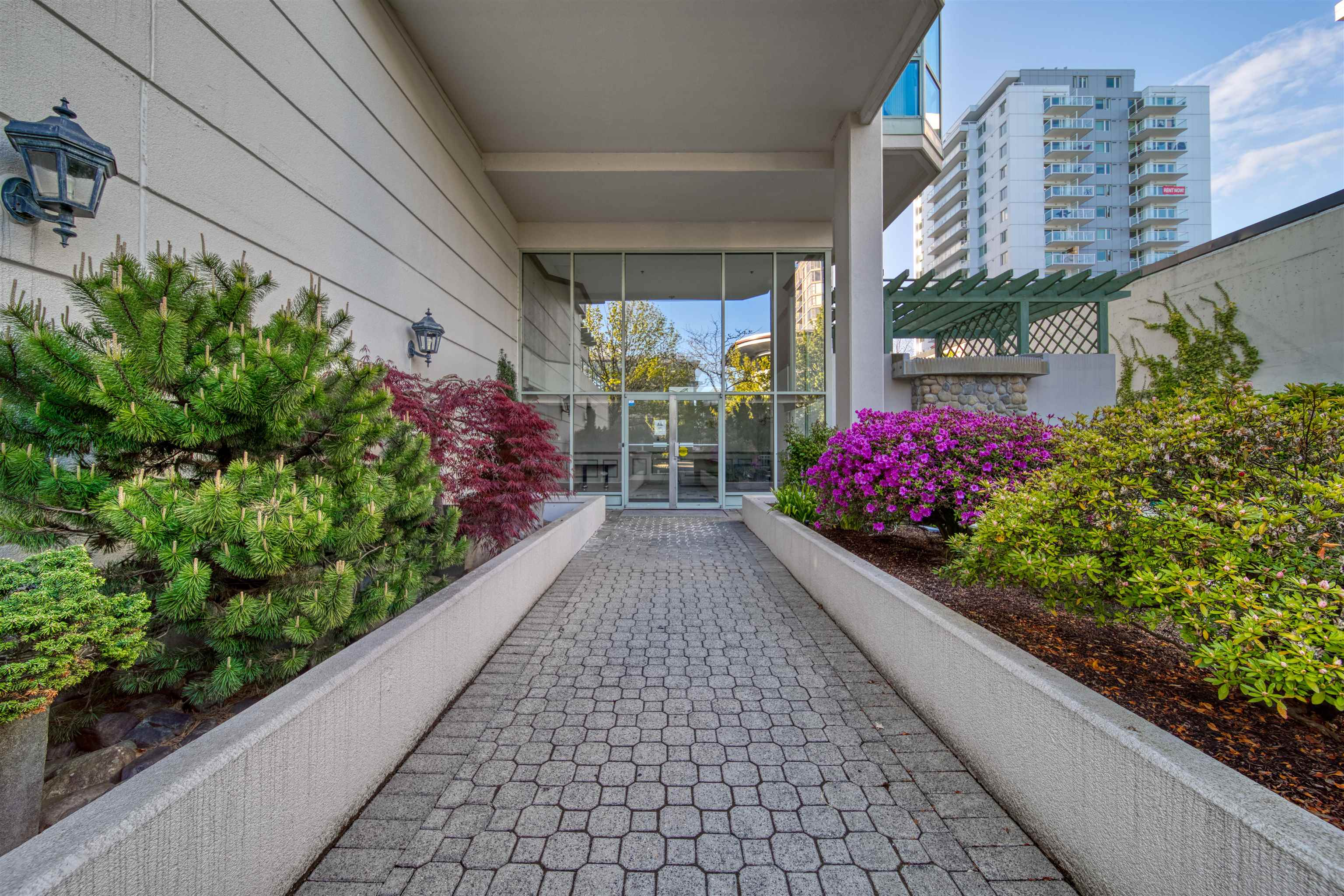 303 140 E 14TH STREET - Central Lonsdale Apartment/Condo for sale, 1 Bedroom (R2618094) - #3