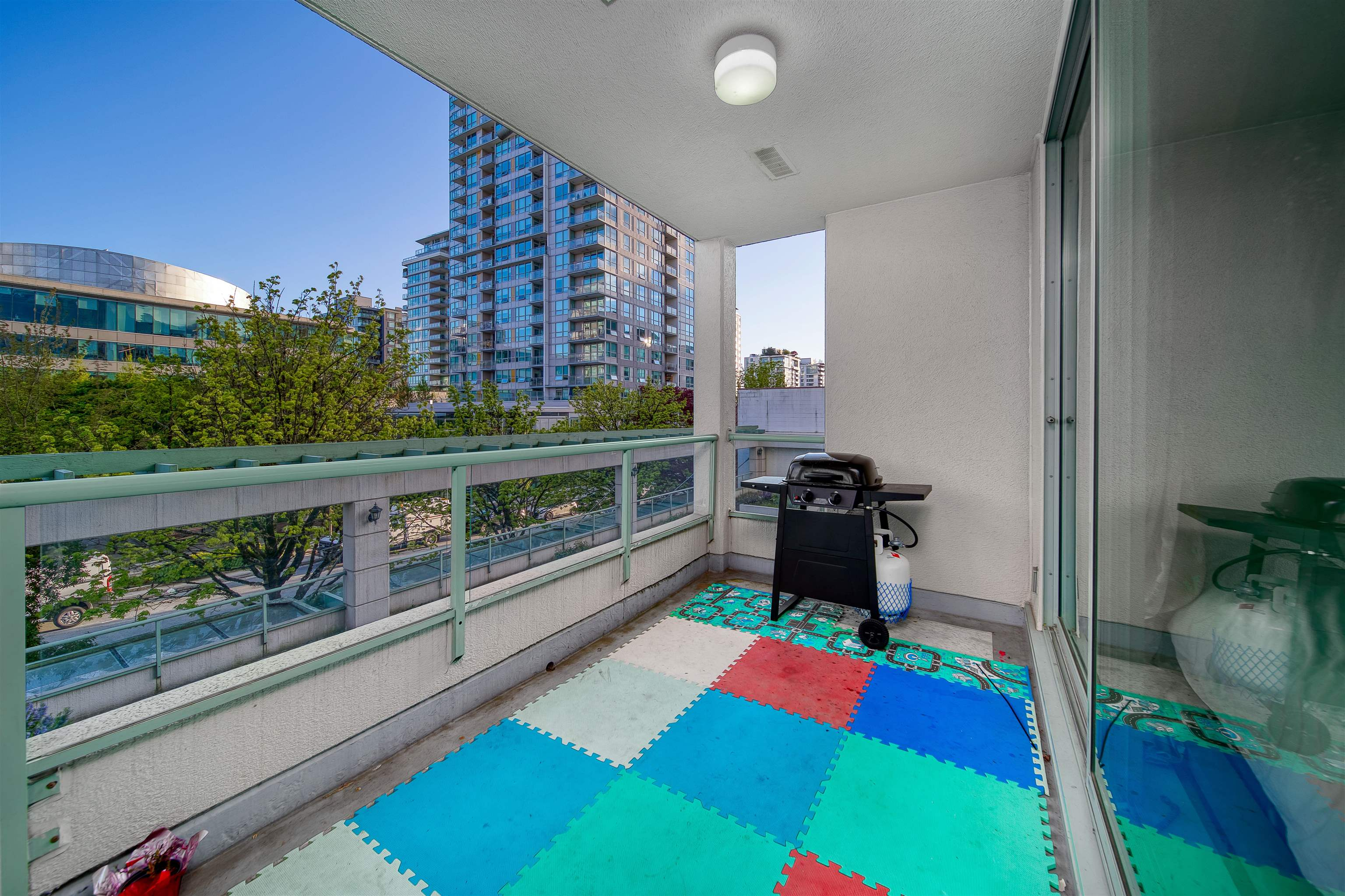 303 140 E 14TH STREET - Central Lonsdale Apartment/Condo for sale, 1 Bedroom (R2618094) - #9