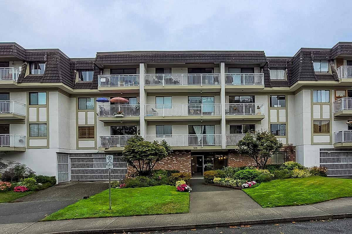 306 306 W 1ST STREET - Lower Lonsdale Apartment/Condo for sale, 2 Bedrooms (R2618100) - #2