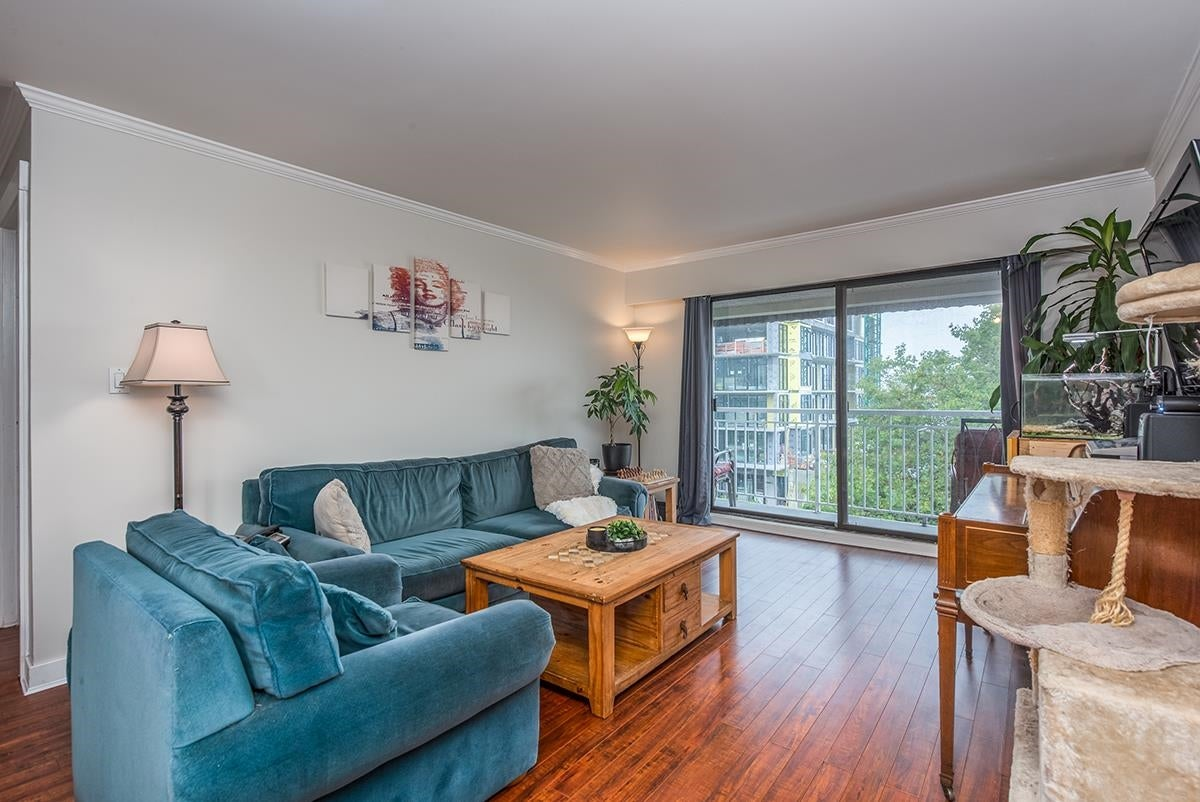 306 306 W 1ST STREET - Lower Lonsdale Apartment/Condo for sale, 2 Bedrooms (R2618100) - #3