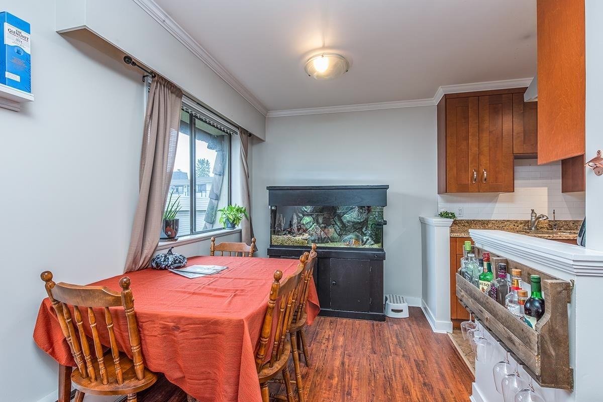 306 306 W 1ST STREET - Lower Lonsdale Apartment/Condo for sale, 2 Bedrooms (R2618100) - #8