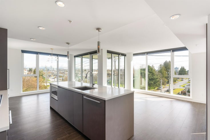 621 8988 PATTERSON ROAD - West Cambie Apartment/Condo for sale, 3 Bedrooms (R2618264)