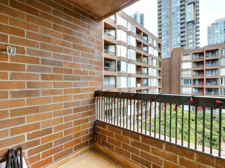 622 1330 BURRARD STREET - Downtown VW Apartment/Condo for sale, 1 Bedroom (R2618272)