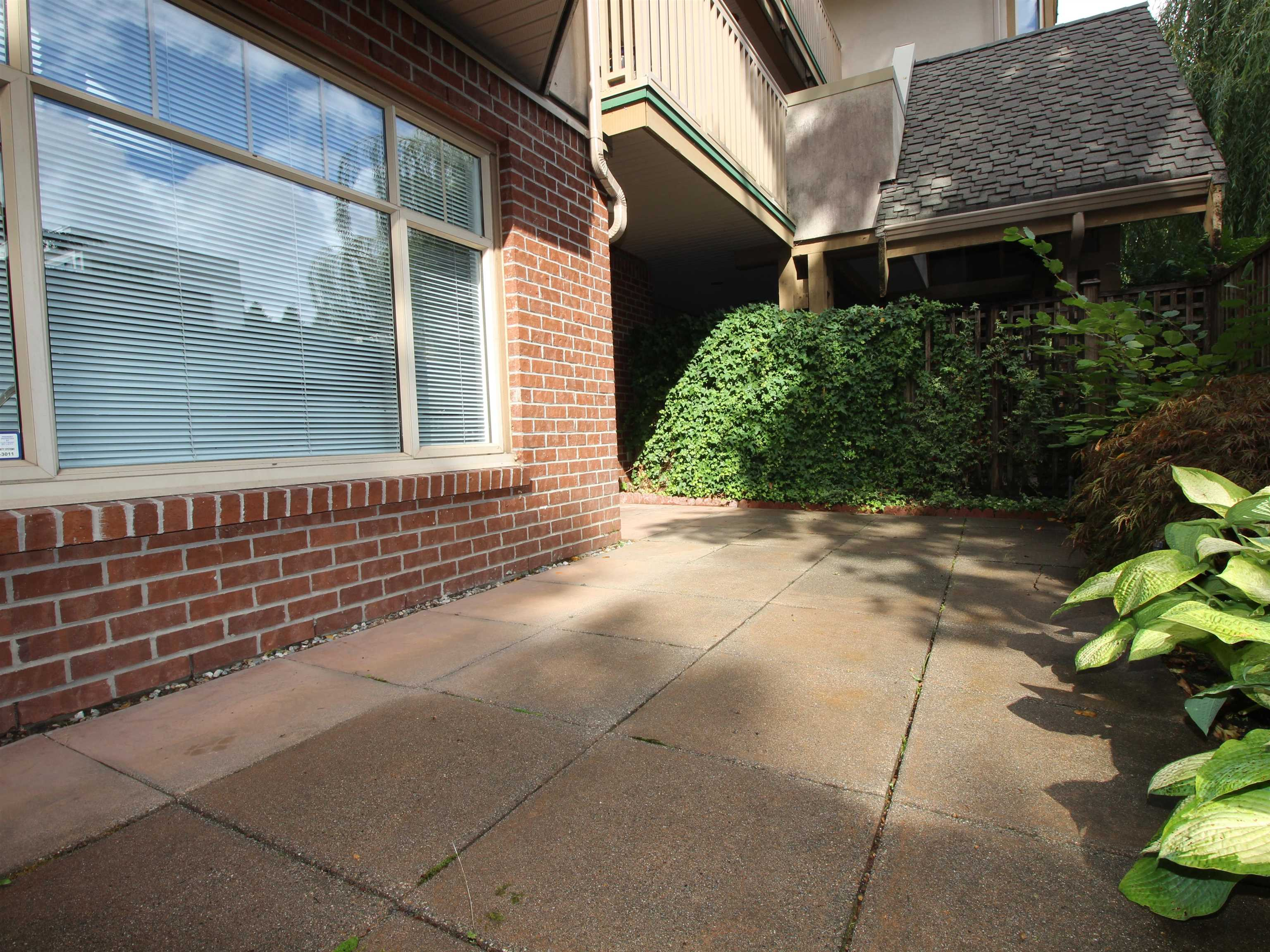 307 2059 CHESTERFIELD AVENUE - Central Lonsdale Apartment/Condo for sale, 1 Bedroom (R2618308) - #18