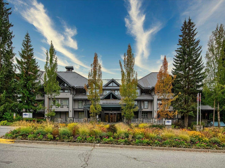 230/231 4573 CHATEAU BOULEVARD - Benchlands Apartment/Condo for sale, 1 Bedroom (R2618467)