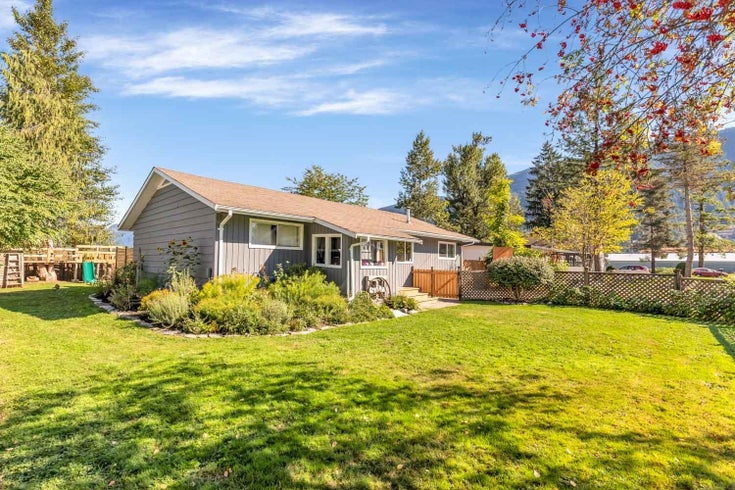 35269 RIVERSIDE ROAD - Durieu House/Single Family for sale, 3 Bedrooms (R2618580)
