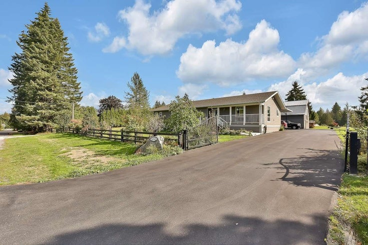 26568 62ND AVENUE - County Line Glen Valley House with Acreage for sale, 8 Bedrooms (R2618591)