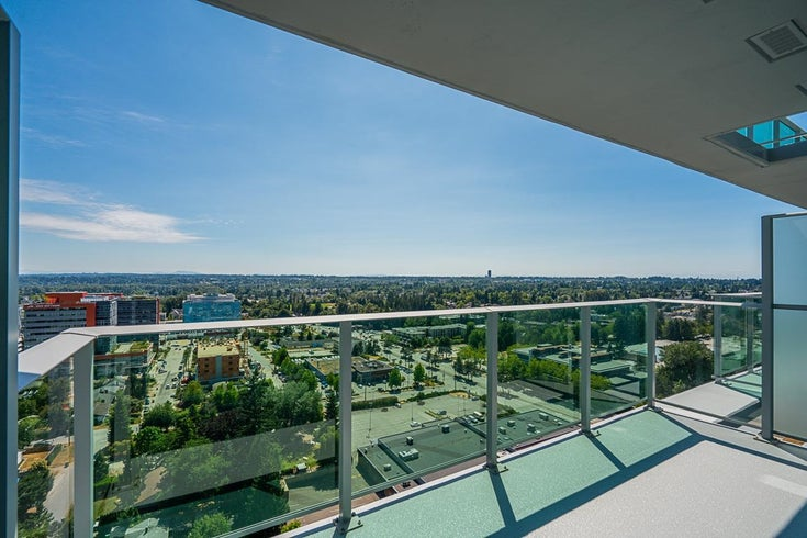 2112 13655 FRASER HIGHWAY - Whalley Apartment/Condo for sale, 1 Bedroom (R2618621)