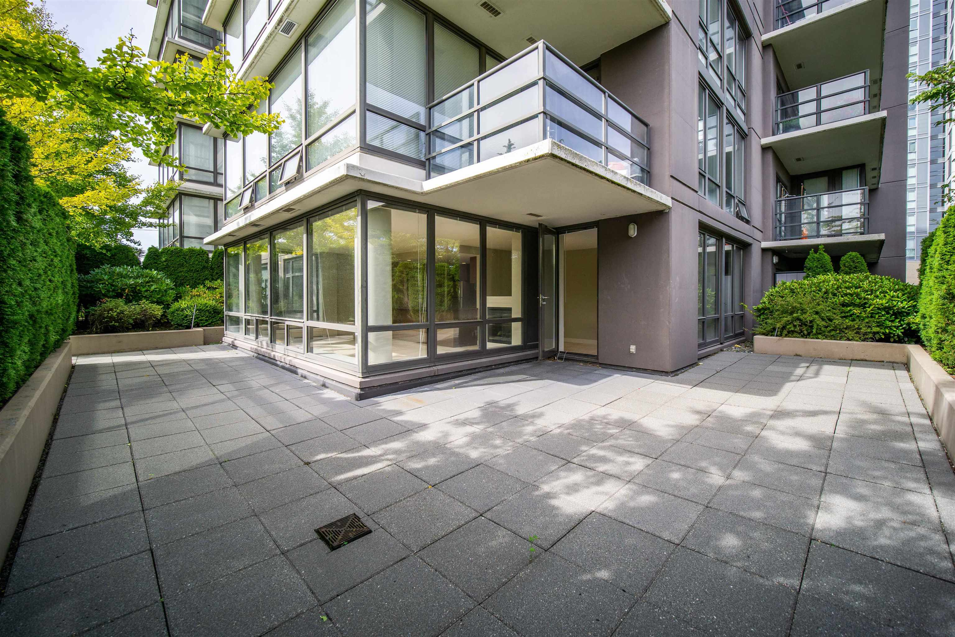 308 9188 COOK ROAD - McLennan North Apartment/Condo for sale, 2 Bedrooms (R2618713)