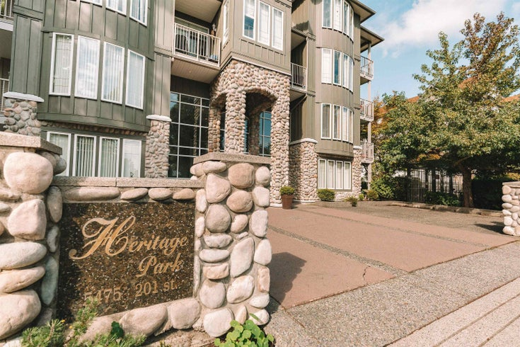 206 5475 201 STREET - Langley City Apartment/Condo for sale, 2 Bedrooms (R2618729)