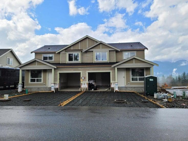 1493 OSPREY PLACE - Mt Woodside 1/2 Duplex for sale, 3 Bedrooms (R2618798)